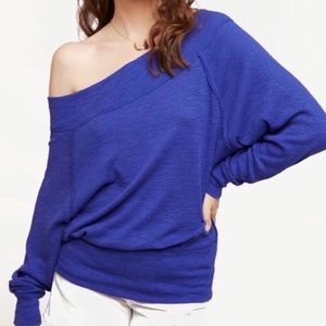 We the Free Palisade Off Shoulder Pullover EUC